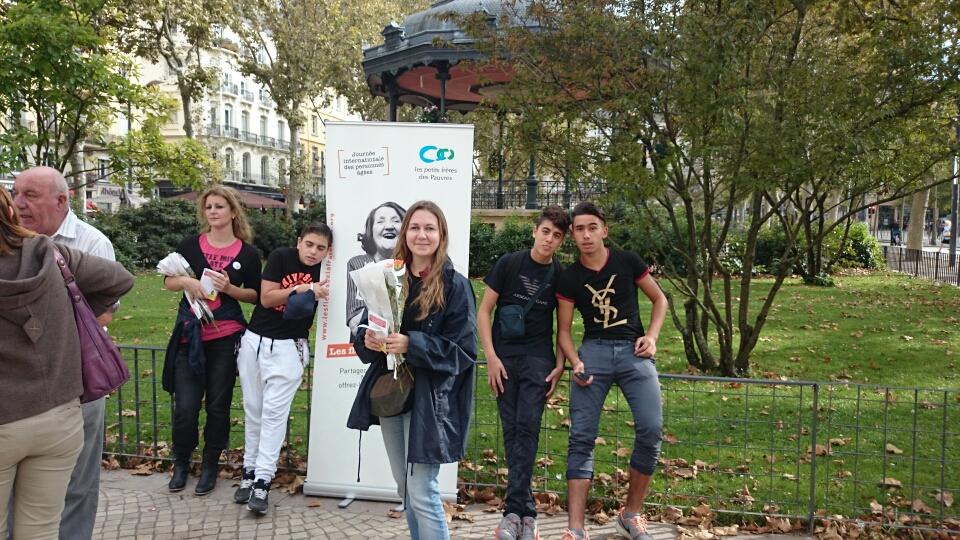 Sur la photo de gauche à droite : Medhi, Cécile, Sabry et Raïs.