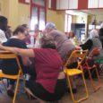 """Les """"chaises conviviales"""", portées par la municipalité de Saint Étienne, proposent un lieu d'accueil et d'animation de la vie du quartier, et particulièrementaux personnes âgées. Elles peuvent s'y s'arrêter, discuter, […]"""