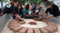 Ce jeudi 15 juillet, sous la pluie, nous avons débuté la fabrication du four à pain sur la place de la République, à Côte-Chaude. Un grand merci à la Ligue […]